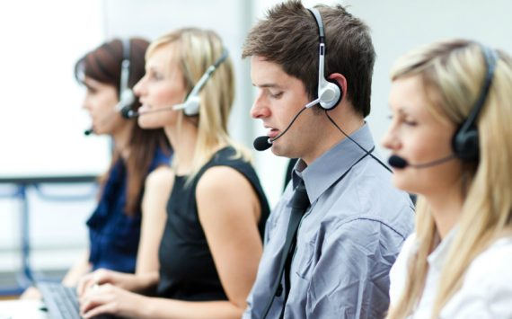Four Important Benefits of Using a Professional Call Center Company