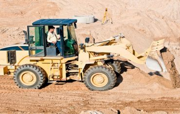 Equipment Sales in the Des Moines, IA, area by Mid Country Machinery